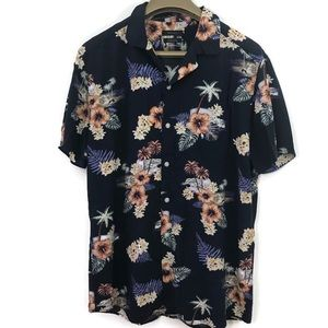 RW & CO. Floral Short Sleeve Button Front Shirt